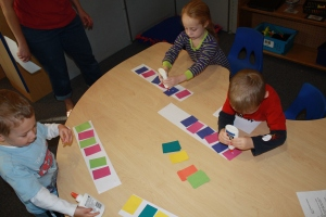 Group making pattern snakes